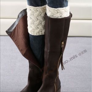 Boot Toopers Cuffs | Ivory and Grey